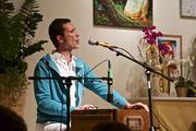 Mantra Singen mit Sundaram