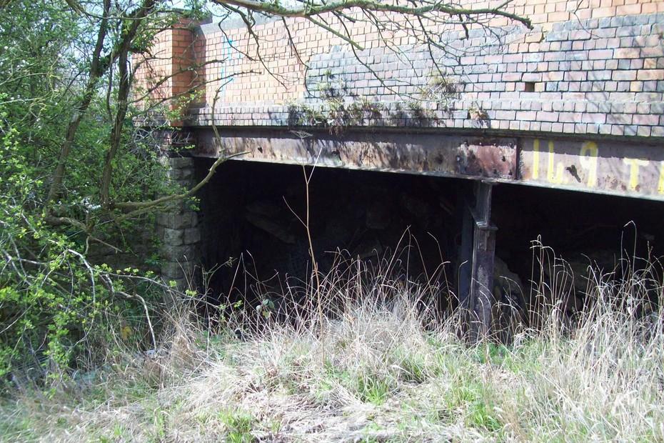 D16628 SMJ Bridge @ Towcester 13.4.19