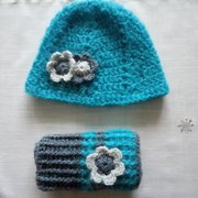 a hat and handwarmers
