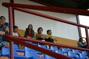 Luis, Lu y amigacho en la cancha de Huracán.