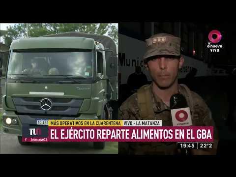 EL EJERCITO REPARTE COMIDA EN LOS BARRIOS CARENCIADOS DE BUENOS AIRES - GBA, ARGENTINA