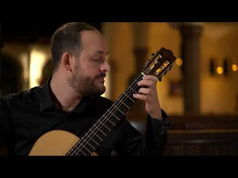 Bach: Toccata and Fugue, BWV 565  - Tariq Harb, guitar