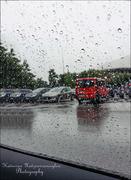 Ασταμάτητη βροχή,