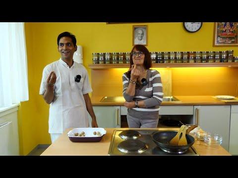 Ayurvedische Sesam Laddhus zubereiten mit Julia Lang und Dr. Devendra -  Vortrag 13:30 Uhr 29.04.20