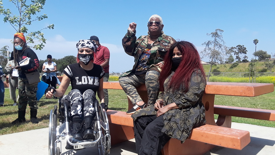 Chaka Khan & Luenell's Mother's Day Protest Against Violence on Black Children