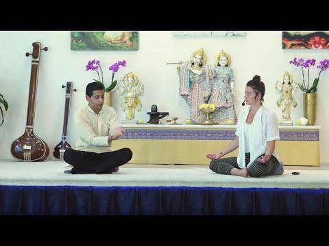 Ayurveda Gespräche mit Dr. Devendra - Live 14:30 Uhr 12.05.2020