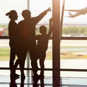 family-airport-e1514948515591