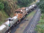 BB40 #8135 como locomotiva remota no trem D444
