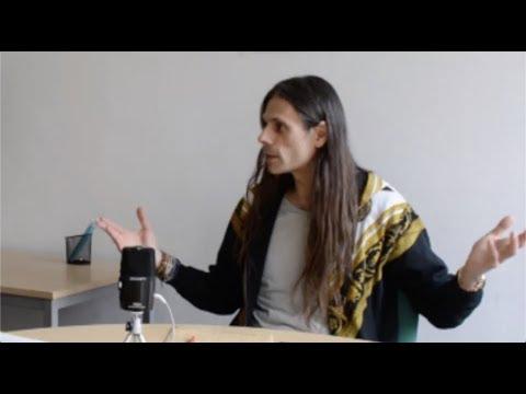 """Interview d'Aurélien Barrau pour le """"printemps de poètes""""."""