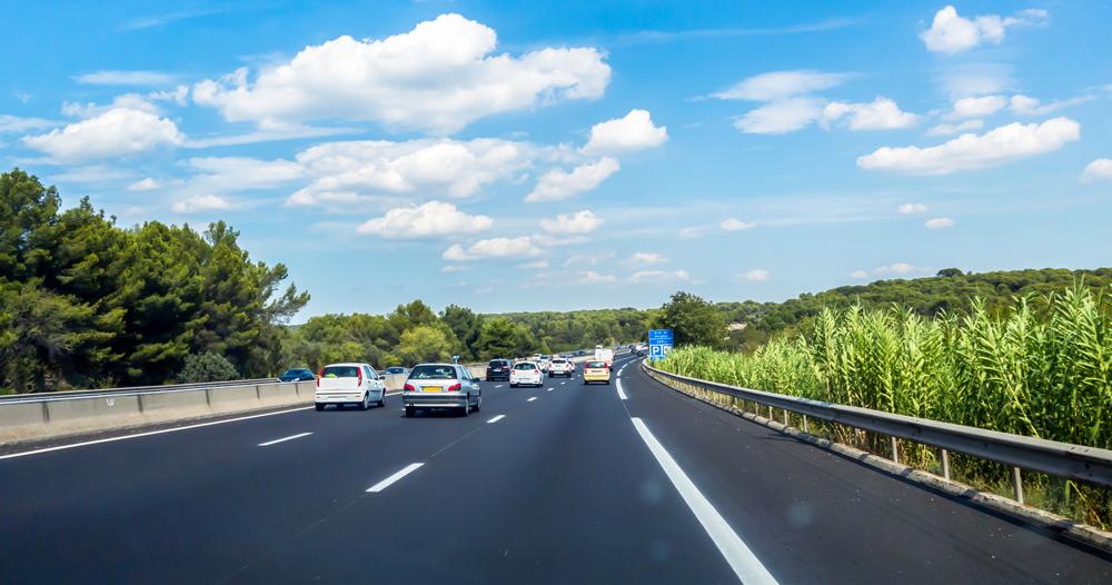 Les sociétés d'autoroutes renforcent leur toute-puissance grâce à un décret permettant la privatisation de routes nationales