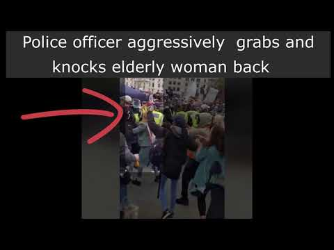 TRAFALGAR SQUARE 26 SEP 2020 ELDERLY WOMAN ASSAULTED BY POLICE - ANTI-LOCKDOWN