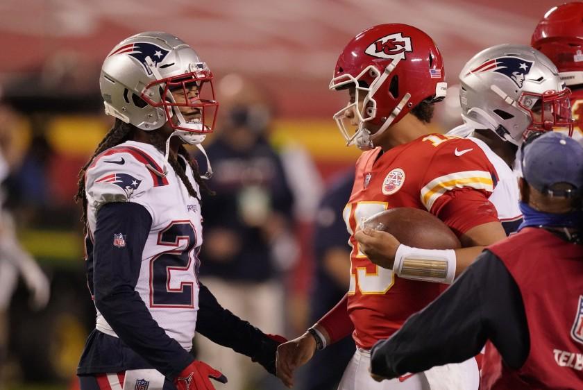 Chiefs Beat Patriots 26-10