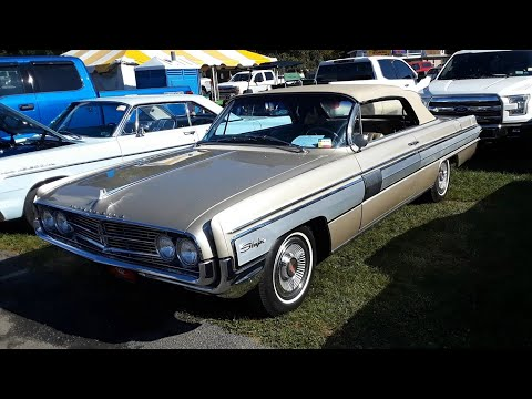 Classic Car Shopping With Pam  2020 Fall Carlisle Car Corral 1962 Oldsmobile Starfire Convertible