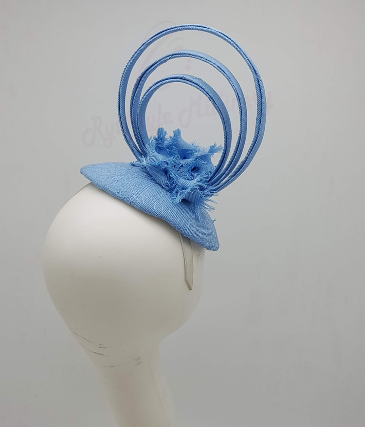 LACE BUTTON FASCINATOR - RED
