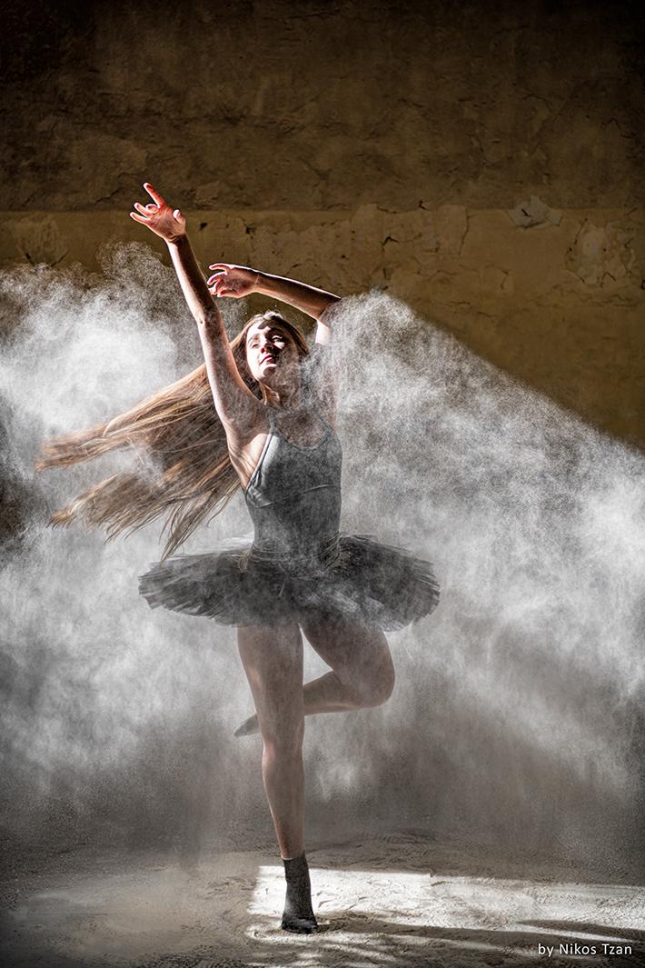Ballerina with flour 1