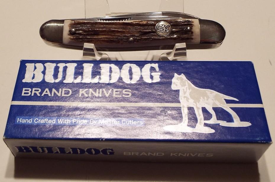 Bulldog Johnny Muskrat