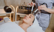 One of the Best Esthetician Machines Equipment Provider