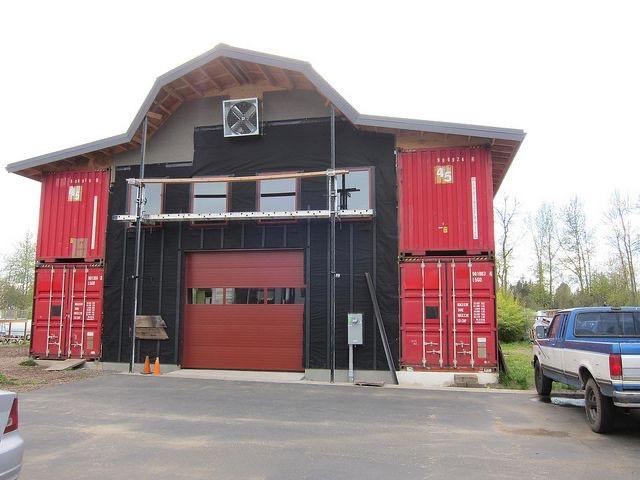Bus Barn Bunkhouse