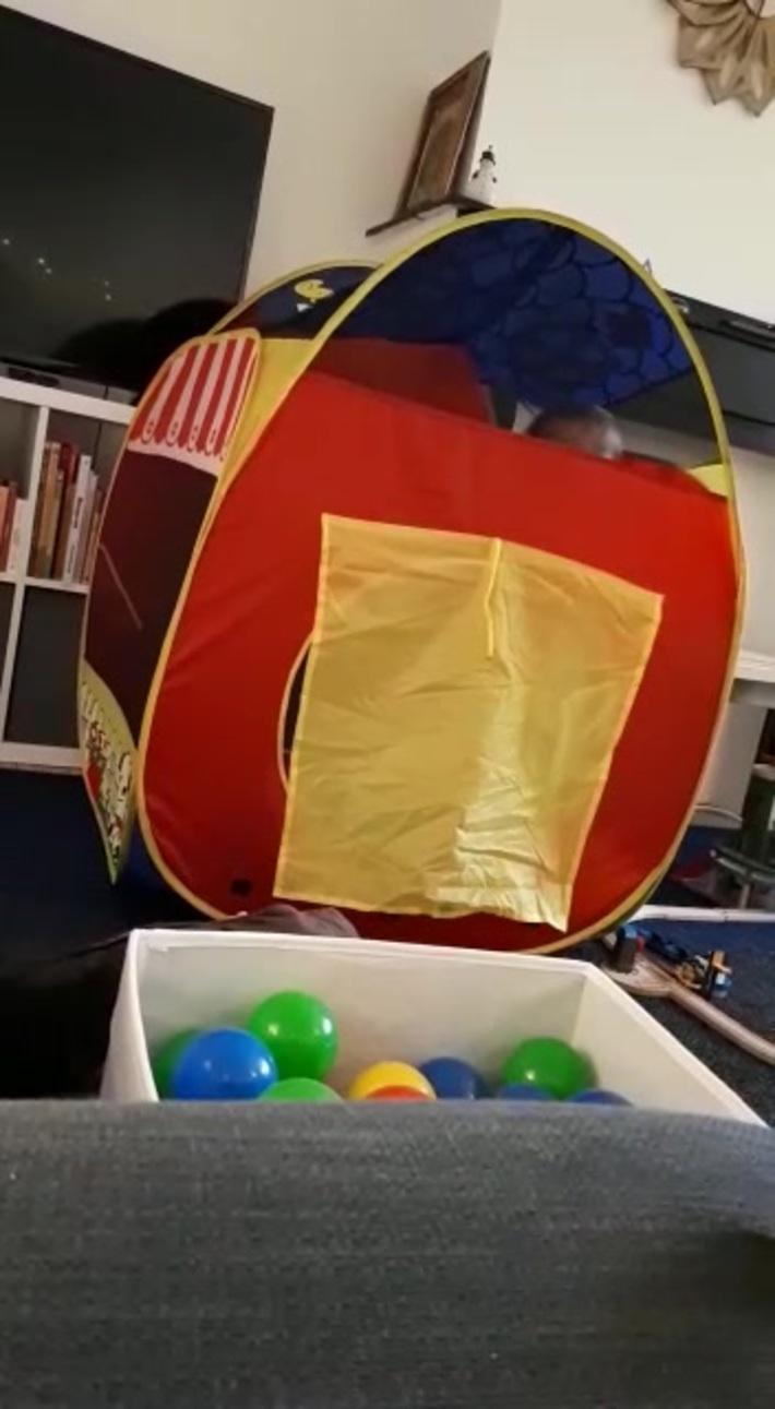 les boules dans la cabane
