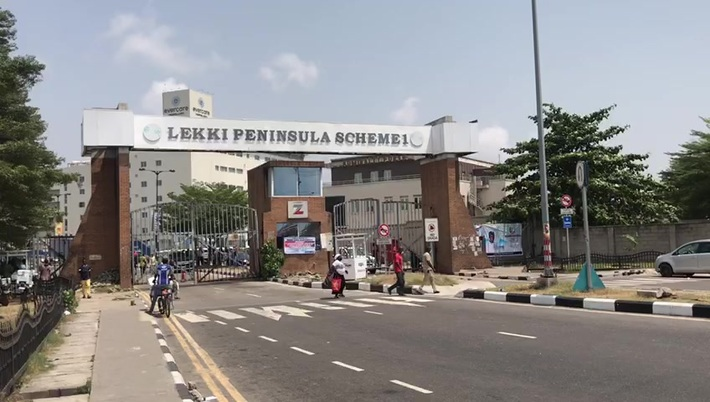 #OccupyLekkitollgate: Lekki phase one main gate closed as a result of the protest